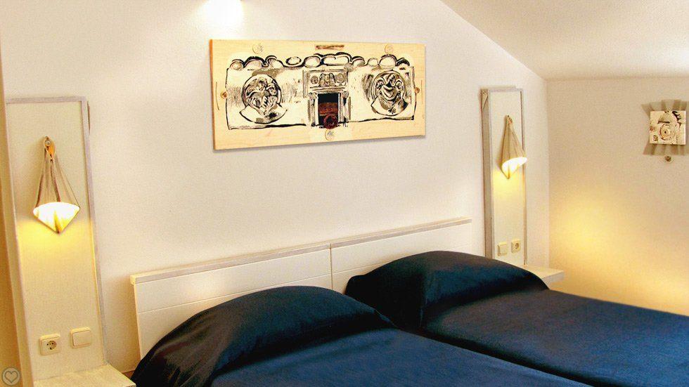 Pape Suite Room