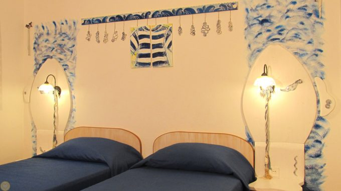 Sweet Sailor Room